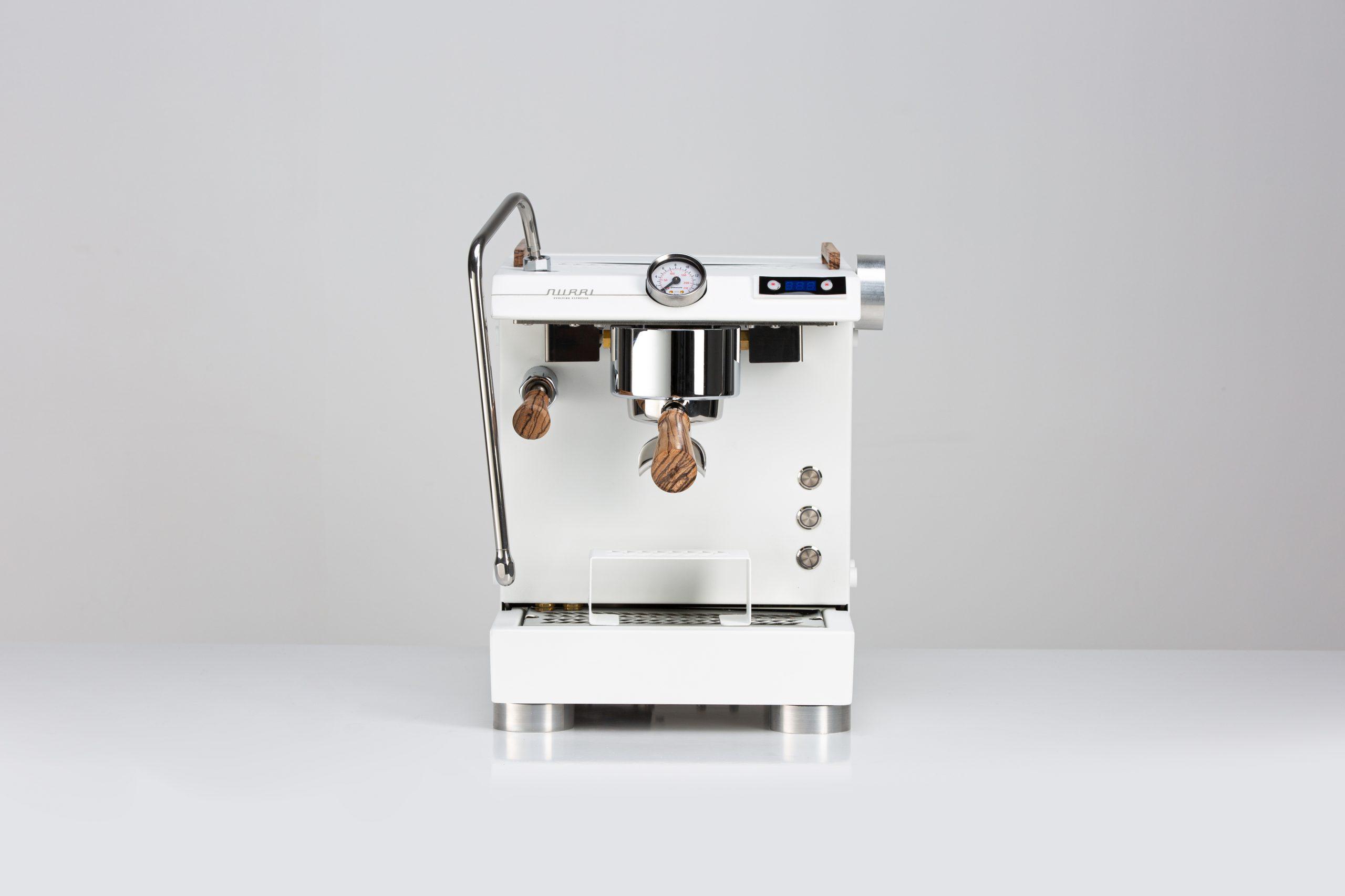 Nurri GTO espresso machine white front